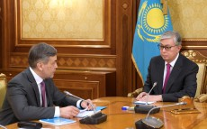 Meeting with Nurlan Yermekbayev, Minister of Defense